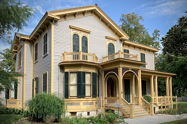 Woodrow Wilson Home Front Facade